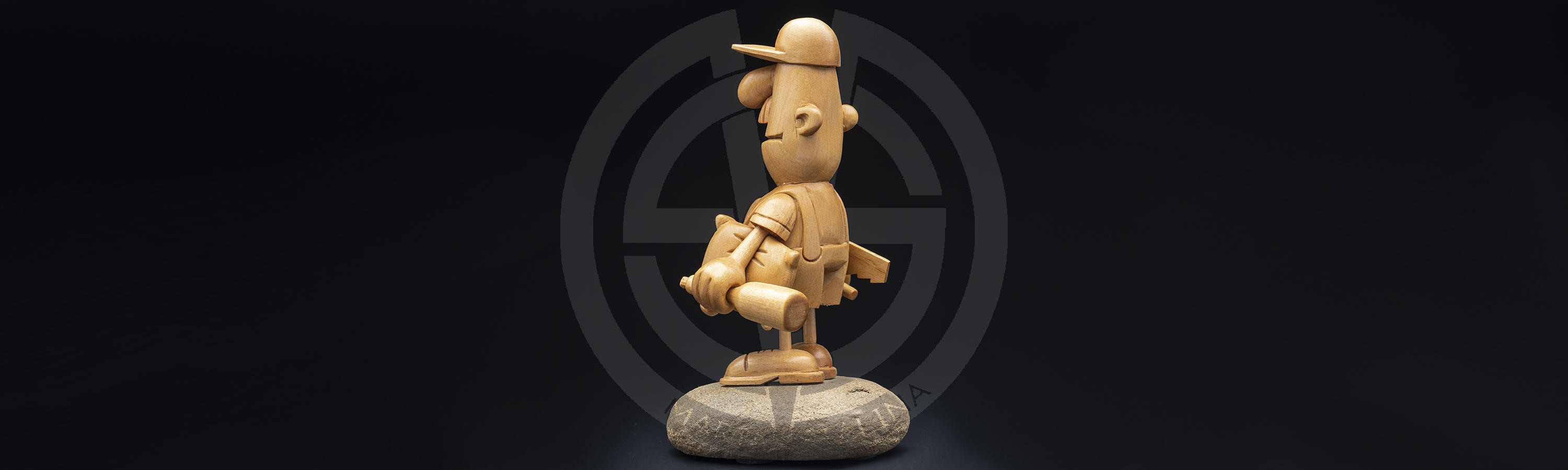 Humorous wooden plastic The Master