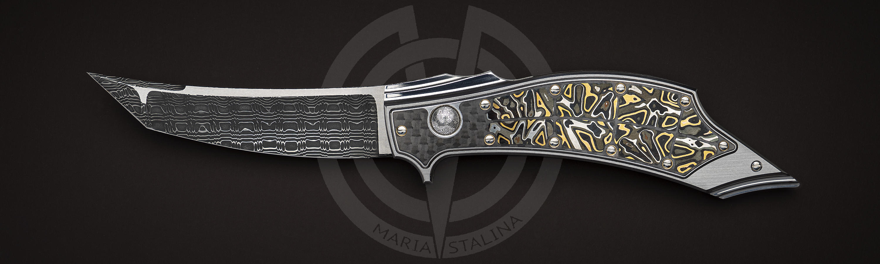 Collectible prototype knife White Fang