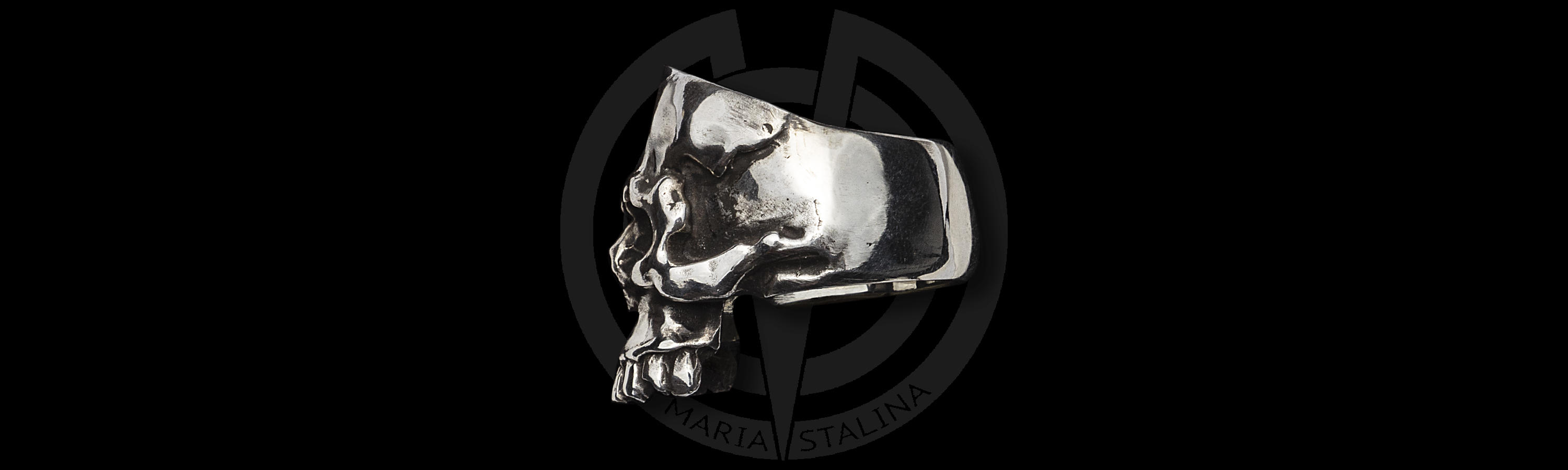 White metal ring Skull