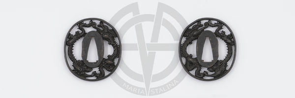 Dragons oval tsuba for wakizashi sword