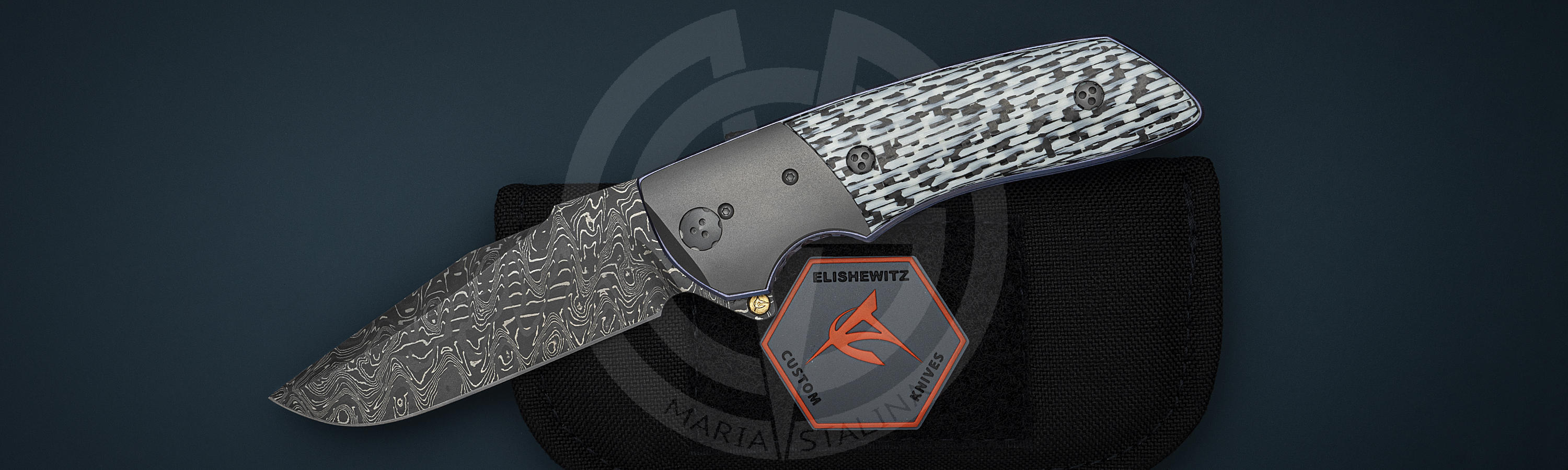 Omega M2 knife with author case